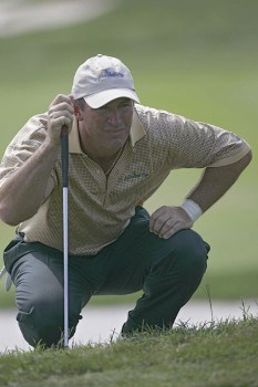 Peter Lonard of the International team during the second round of The Presidents Cup at Robert Trent Jones Golf Club in Prince William County, Virginia on September 23, 2005.Photo by Sam Greenwood/WireImage.com