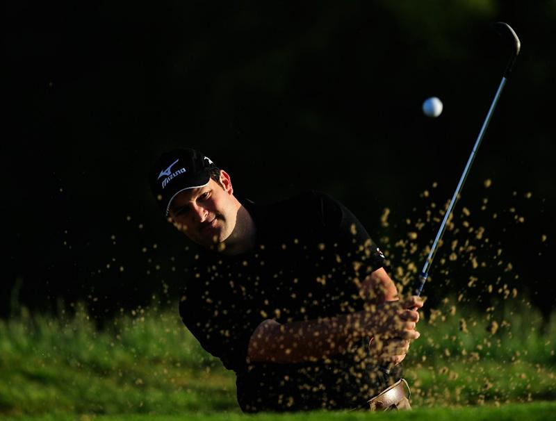MADRID, SPAIN - MAY 27:  David Dixon of England plays his bunker shot during the first round of the Madrid Masters at Real Sociedad Hipica Espanola Club De Campo on May 27, 2010 in Madrid, Spain.  (Photo by Stuart Franklin/Getty Images)