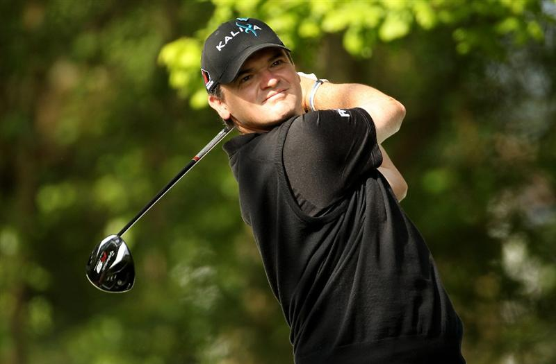 VIRGINIA WATER, ENGLAND - MAY 19:  Paul Lawrie of Scotland tees off during the Pro-Am round prior to the BMW PGA Championship on the West Course at Wentworth on May 19, 2010 in Virginia Water, England.  (Photo by Ian Walton/Getty Images)
