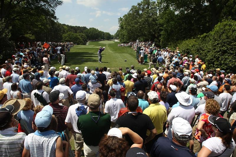 CHARLOTTE, NC - MAY 02:  J.J. Henry hits his tee shot on the 4th hole during the final round of the Quail Hollow Championship at Quail Hollow Country Club on May 2, 2010 in Charlotte, North Carolina.  (Photo by Streeter Lecka/Getty Images)