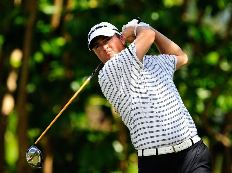 HONOLULU - JANUARY 17:  Ryan Palmer plays a shot on the 5th hole during the final round of the Sony Open at Waialae Country Club on January 17, 2010 in Honolulu, Hawaii.  (Photo by Sam Greenwood/Getty Images)