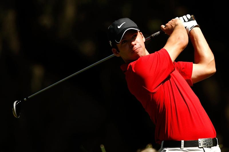 HILTON HEAD ISLAND, SC - APRIL 16:  Paul Casey of England watches his tee shot on the 2nd hole during the first round of the Verizon Heritage at Harbour Town Golf Links on April 16, 2009 in Hilton Head Island, South Carolina.  (Photo by Streeter Lecka/Getty Images)