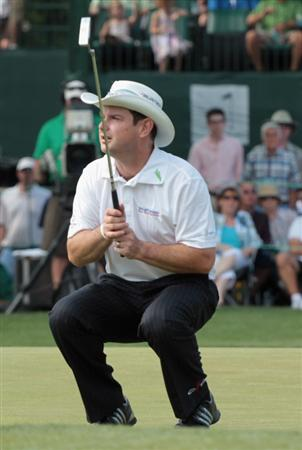 CHARLOTTE, NC - MAY 08:  Rory Sabbatini of South Africa reacts to a missed birdie putt on the 18th green during the final round of the Wells Fargo Championship at the Quail Hollow Club on May 8, 2011 in Charlotte, North Carolina.  (Photo by Scott Halleran/Getty Images)