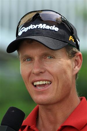 AUGUSTA, GA - APRIL 07:  John Senden of Australia speaks with the media during a practice round prior to the 2010 Masters Tournament at Augusta National Golf Club on April 7, 2010 in Augusta, Georgia.  (Photo by David Cannon/Getty Images)