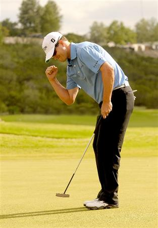 SAN ANTONIO TX. - MAY 17: Zach Johnson wins the tournament on the first playoff hole during the fourth and final  round of  the Valero Texas Open held at La Cantera Golf Club on May 17, 2009 in San Antonio, Texas (Photo by Marc Feldman/Getty Images)
