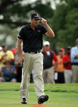 MIAMI - MARCH 23:  Geoff Ogilvy of Australia birdies the 16th hole during the completion of the third round of the 2008 World Golf Championships CA Championship at the Doral Golf Resort & Spa, on March 23, 2008 in Miami, Florida.  (Photo by David Cannon/Getty Images)