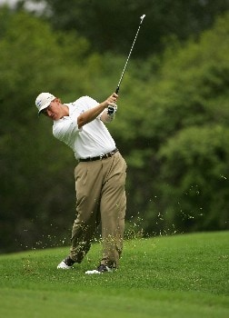 MALELANE, SOUTH AFRICA - DECEMBER 07:  Ernie Els of South Africa plays his second shot into the eighth green during the second round of The Alfred Dunhill Championship at The Leopard Creek Country Club on December 7, 2007 in Malelane, South Africa.  (Photo by Warren Little/Getty Images)