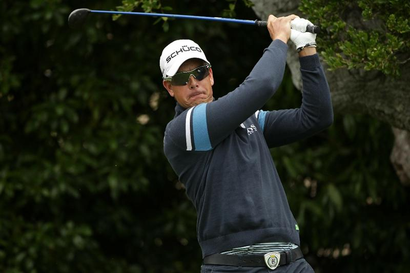 PEBBLE BEACH, CA - JUNE 15:  Henrik Stenson of Sweden watches a shot  during a practice round prior to the start of the 110th U.S. Open at Pebble Beach Golf Links on June 15, 2010 in Pebble Beach, California.  (Photo by Andrew Redington/Getty Images)
