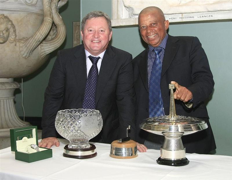 WOBURN, ENGLAND - SEPTEMBER 04:  Ian Woosnam of Wales and Jerry Bruner of US pose with their trophies at the Annual Awards Dinner held at Woburn Abbey prior to the first round of the Travis Perkins plc Senior Masters played at The Duke's Course, Woburn Golf Club on September 3, 2009 in Woburn, United Kingdom  (Photo by Phil Inglis/Getty Images)