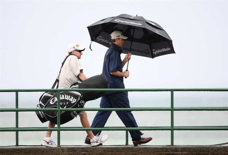 HONOLULU - JANUARY 16:  Nicholas Thompson walks to the 17th green during the second round of the Sony Open at Waialae Country Club on January 16, 2009 in Honolulu, Hawaii.  (Photo by Sam Greenwood/Getty Images)