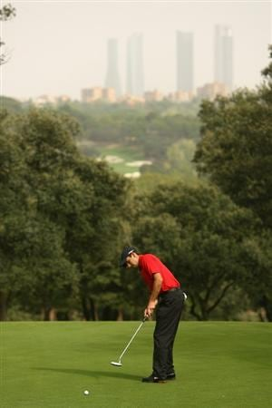 MADRID, SPAIN - OCTOBER 12:  Charl Schwartzel of South Africa in action during Final round of the Madrid Masters at the Club de Campo Villa de Madrid on October 12, 2008 in Madrid, Spain.  (Photo by Ian Walton/Getty Images)