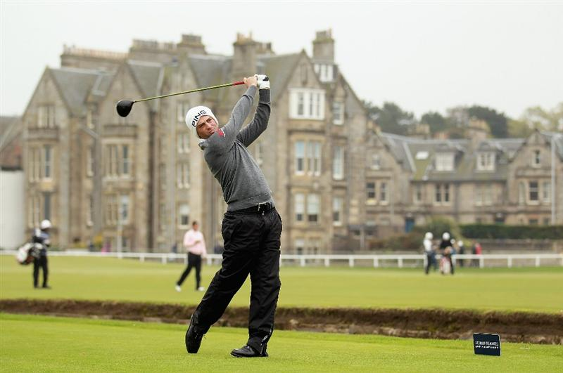 ST ANDREWS, SCOTLAND - OCTOBER 10:  John Parry of England drives off the second tee during the final round of The Alfred Dunhill Links Championship at The Old Course on October 10, 2010 in St Andrews, Scotland.  (Photo by Warren Little/Getty Images)