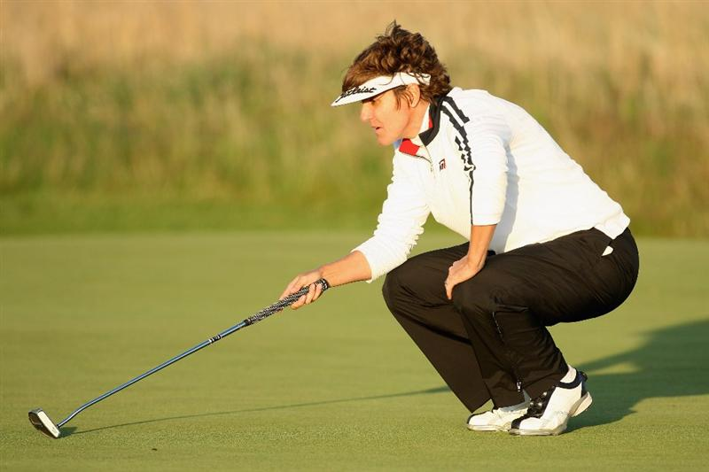 LYTHAM ST ANNES, ENGLAND - JULY 30:  Michele Redman of USA on the 17th hole during the first round of the 2009 Ricoh Women's British Open Championship held at Royal Lytham St Annes Golf Club, on July 30, 2009 in  Lytham St Annes, England.  (Photo by David Cannon/Getty Images)
