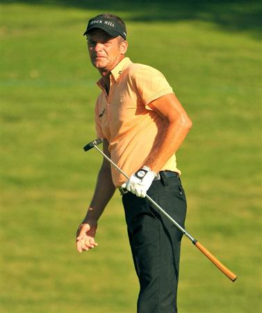 IRVING TX. - MAY 22:  Jesper Parnevik putts for a birdie on the 16th hole  during the second round of  the HP Byron Nelson Championship held at the TPC Four Seasons Resort Las Colinas on May 22, 2009 in Irving, Texas (Photo by Marc Feldman/Getty Images)