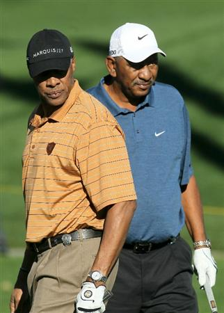 LA QUINTA, CA - JANUARY 20: Former NBA stars Julius Erving (L) and George Gervin watch an Erving drive during round two of the Bob Hope Classic at the La Quinta Country Club on January 20, 2011 in La Quinta, California. (Photo by Stephen Dunn/Getty Images)