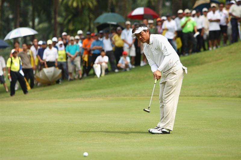 KUALA LUMPUR, MALAYSIA - FEBRUARY 14:  Danny Chia of Malaysia in action during the 3rd round of the 2009 Maybank Malaysian Open at Saujana Golf and Country Club on February 14, 2009 in Kuala Lumpur, Malaysia.  (Photo by Ian Walton/Getty Images)
