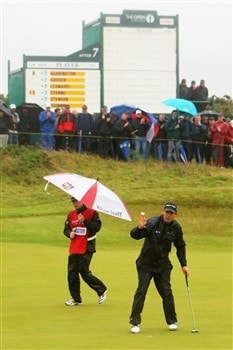 SOUTHPORT, UNITED KINGDOM - JULY 17:  Padraig Harrington of Ireland acknowledges the crowd on the 8th green during the First Round of the 137th Open Championship on July 17, 2008 at Royal Birkdale Golf Club, Southport, England.  (Photo by Stuart Franklin/Getty Images)