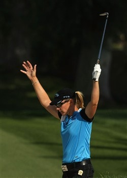 RANCHO MIRAGE, CA - APRIL 05:  Annnika Sorenstam of Sweden celebrates after sinking a bunker shot for a birdie on the 15h hole during the third round of the Kraft Nabisco Championship at Mission Hills Country Club on April 5, 2008 in Rancho Mirage, California.  (Photo by Stephen Dunn/Getty Images)