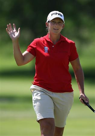 SPRINGFIELD, IL - JUNE 05:  Angela Stanford reacts after a birdie putt on the eighth hole during the second round of the LPGA State Farm Classic golf tournament at Panther Creek Country Club on June 5, 2009 in Springfield, Illinois.  (Photo by Christian Petersen/Getty Images)
