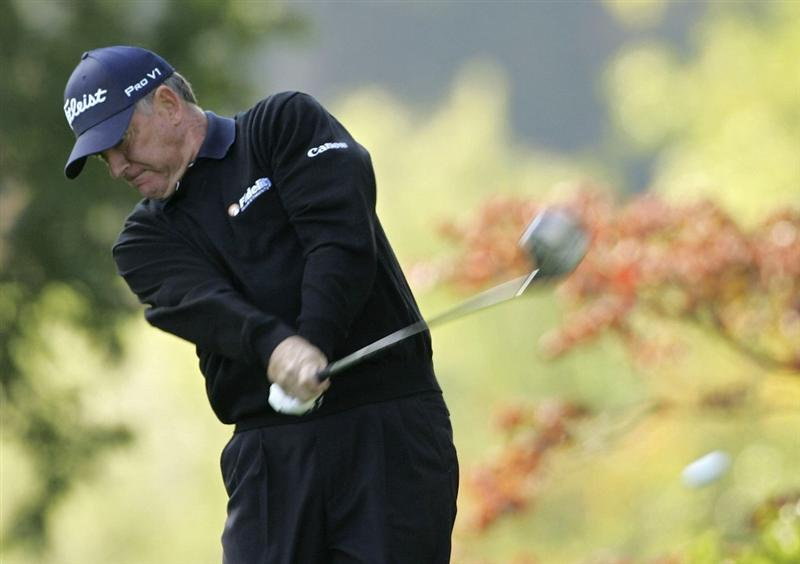 TIMONIUM, MD - OCTOBER 01:  Jay Haas hits a drive during the first round of the Constellation Energy Senior Players Championship at Baltimore Country Club/Five Farms (East Course) held on October 1, 2009 in Timonium, Maryland. (Photo by Michael Cohen/Getty Images)