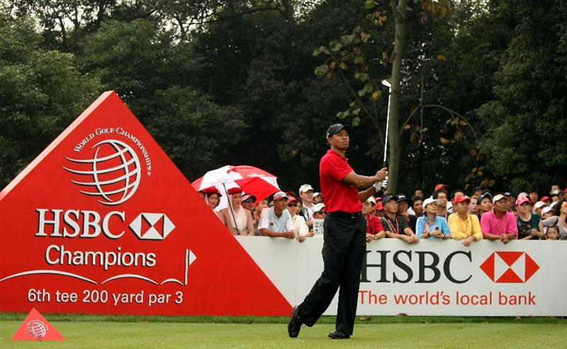 SHANGHAI, CHINA - NOVEMBER 08:  Tiger Woods of the USA watches his tee-shot on the sixth hole during the final round of the WGC-HSBC Champions at Sheshan International Golf Club on November 8, 2009 in Shanghai, China.  (Photo by Andrew Redington/Getty Images)