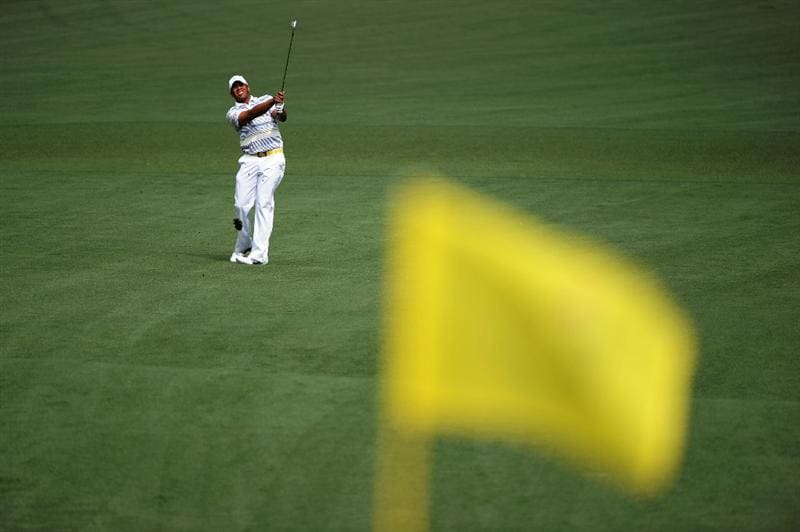 AUGUSTA, GA - APRIL 08:  Jhonattan Vegas of Venezuela watches his approach shot on the second hole during the second round of the 2011 Masters Tournament at Augusta National Golf Club on April 8, 2011 in Augusta, Georgia.  (Photo by Harry How/Getty Images)