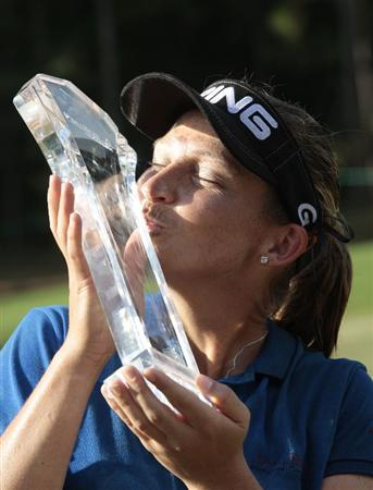 MOBILE, AL - SEPTEMBER 14:  Angela Stanford celebrates her win in the Bell Micro LPGA Classic at Magnolia Grove Golf Course on September 14, 2008 in Mobile, Alabama.  Stanford finished with a 11-under par score. (Photo by Dave Martin/Getty Images)