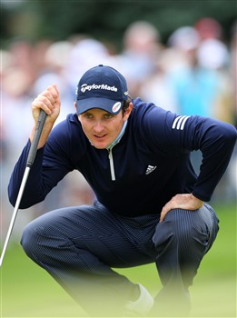 BLOOMFIELD HILLS, MI - AUGUST 10:  Justin Rose of England lines up his putt on the first hole during the final round of the 90th PGA Championship at Oakland Hills Country Club on August 10, 2008 in Bloomfield Township, Michigan.  (Photo by Stuart Franklin/Getty Images)