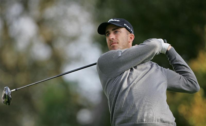 PALM HARBOR, FL - MARCH 18:  Geoff Ogilvy of Australia hits a drive during the first round of the Transitions Championship at the Innisbrook Resort and Golf Club held on March 18, 2010 in Palm Harbor, Florida.  (Photo by Michael Cohen/Getty Images)