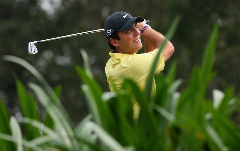 HONG KONG, CHINA - NOVEMBER 23:  Francesco Molinari of Italy plays his tee shot on the third hole during the final round of the UBS Hong Kong Open at the Hong Kong Golf Club on November 23, 2008 in Fanling, Hong Kong.  (Photo by Stuart Franklin/Getty Images)