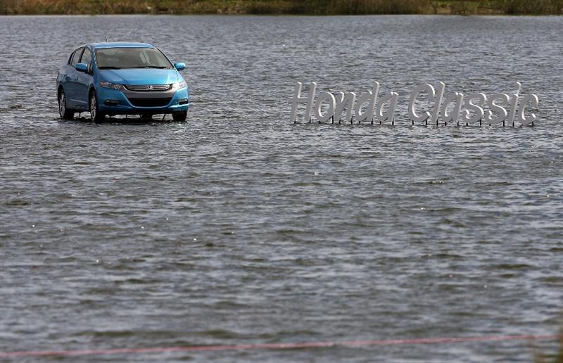 PALM BEACH GARDENS, FL - MARCH 05:  A veiw of a Honda on display on a lake overlooking the 18th hole during the first round of The Honda Classic at PGA National Resort and Spa on March 5, 2009 in Palm Beach Gardens, Florida.  (Photo by Doug Benc/Getty Images)