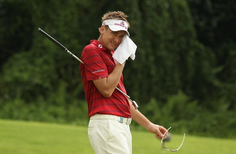 SINGAPORE - NOVEMBER 14:  Ian Poulter of England  during the Final Round of the Barclays Singapore Open at Sentosa Golf Club on November 14, 2010 in Singapore, Singapore.  (Photo by Ian Walton/Getty Images)