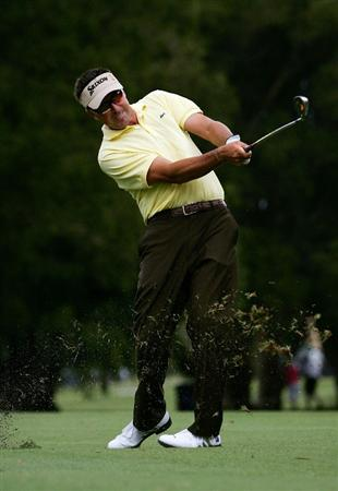 SYDNEY, AUSTRALIA - DECEMBER 10:  Robert Allenby of Australia plays a fairway shot in the pro am ahead of the 2008 Australian Open at The Royal Sydney Golf Club on December 10, 2008 in Sydney, Australia.  (Photo by Mark Nolan/Getty Images)