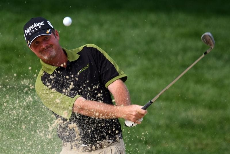 DUBLIN, OH - JUNE 04:  Jerry Kelly plays a bunker shot during the first round of the Memorial Tournament at the Muirfield Village Golf Club on June 4, 2009 in Dublin, Ohio.  (Photo by Scott Halleran/Getty Images)