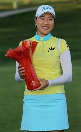 CARLSBAD, CA - MARCH 28:  Hee Kyung Seo of South Korea holds the trophy after the final round of the Kia Classic Presented by J Golf at La Costa Resort and Spa on March 28, 2010 in Carlsbad, California.  (Photo by Stephen Dunn/Getty Images)