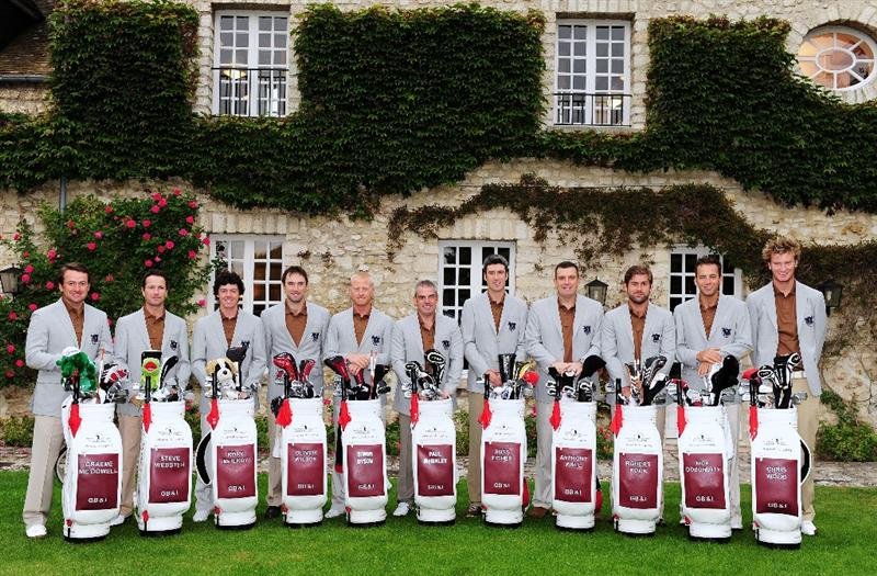 PARIS - SEPTEMBER 24:  The team of Great Britain and Northern Ireland pose for a picture (L-R) Graeme McDowell, Steve Webster, Rory McIlroy, Oiliver Wilson, Simon Dyson, Captain Paul McGinley, Ross Fisher, Anthony Wall, Robert Rock, Nick Dougherty and Chris Wood before the start of the first day fourball at The Vivendi Trophy with Severiano Ballesteros at Saint - Nom - La Breteche golf course on September 24, 2009 in Paris, France.  (Photo by Stuart Franklin/Getty Images)
