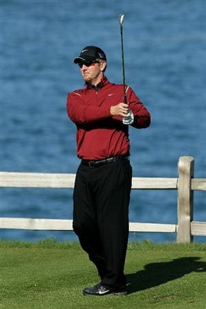 PEBBLE BEACH, CA - FEBRUARY 14:  David Duval hits his tee shot on the seventh hole during the final round of the AT&T Pebble Beach National Pro-Am at Pebble Beach Golf Links on February 14, 2010 in Pebble Beach, California.  (Photo by Stephen Dunn/Getty Images)