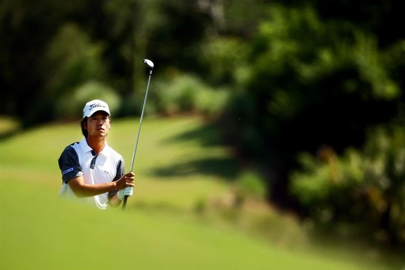 PONTE VEDRA BEACH, FL - MAY 08:  Kevin Na watches his approach shot on the 14th hole during the second round of THE PLAYERS Championship on THE PLAYERS Stadium Course at TPC Sawgrass on May 8, 2009 in Ponte Vedra Beach, Florida.  (Photo by Richard Heathcote/Getty Images)