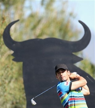 MARBELLA, SPAIN - MARCH 30:  Lee Slattery of England on the 4th tee during the final round of the Open de Andalucia at the Aloha Golf Club on March 30, 2008 in Marbella, Spain.  (Photo by Ross Kinnaird/Getty Images)