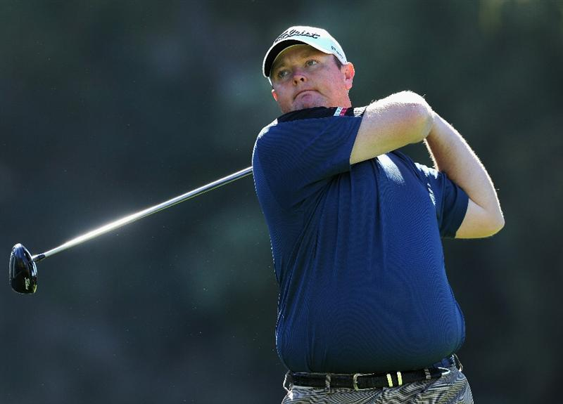 PACIFIC PALISADES, CA - FEBRUARY 17:  Jarrod Lyle of Australia plays his tee shot on the nineth hole during the first round of the Northern Trust Open at Riviera Country Club on February 17, 2011 in Pacific Palisades, California.  (Photo by Stuart Franklin/Getty Images)