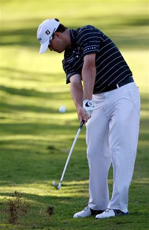 HONOLULU - JANUARY 17:  Zach Johnson hits a shot on the 15th hole during the third round of the Sony Open at Waialae Country Club on January 17, 2009 in Honolulu, Hawaii.  (Photo by Sam Greenwood/Getty Images)