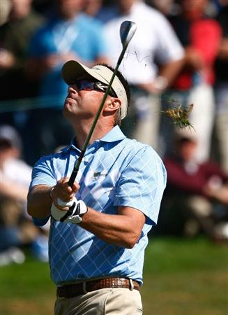 SAN FRANCISCO - OCTOBER 09:  Robert Allenby of the International Team hits a shot to the seventh green during the Day Two Fourball Matches of The Presidents Cup at Harding Park Golf Course on October 9, 2009 in San Francisco, California.  (Photo by Scott Halleran/Getty Images)
