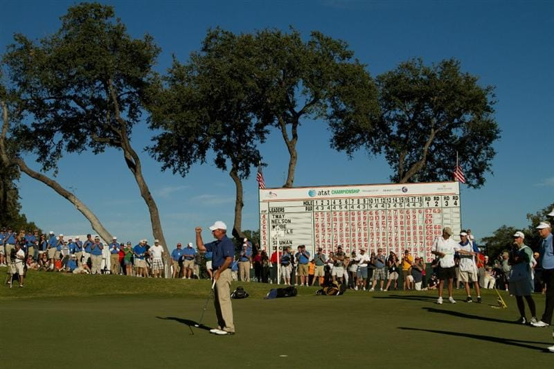 SAN ANTONIO, TX - OCTOBER 30: Larry Nelson celebrates a birdie putt at the 18th hole during the second round of the AT&T Championship at Oak Hills Country Club on October 30, 2010 in San Antonio, Texas. (Photo by Darren Carroll/Getty Images)