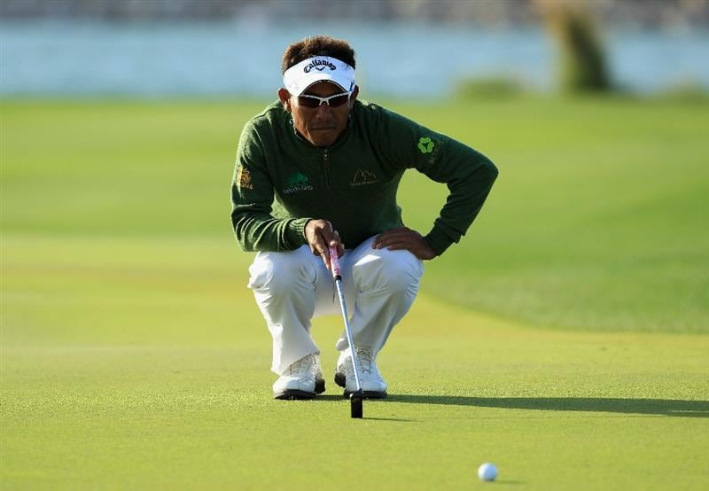 DOHA, QATAR - FEBRUARY 03:  Thongchai Jaidee of Thailand in action during the first round of the Commercialbank Qatar Masters held at Doha Golf Club on February 3, 2011 in Doha, Qatar.  (Photo by Andrew Redington/Getty Images)