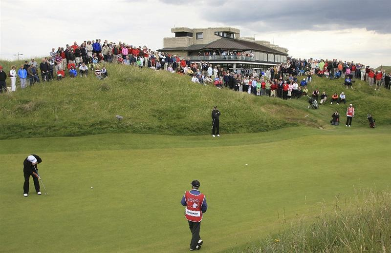 BALLYBUNION, IRELAND - JUNE 07:  Ian Woosnam of Wales in action on the 18th green during the final round of the Irish Seniors Open played at the Old Course, Ballybunion Golf Club on June 7, 2009 in Ballybunion, Ireland  (Photo by Phil Inglis/Getty Images)