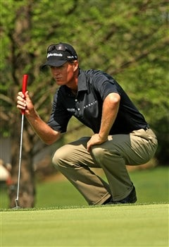 IRVING, TX - APRIL 25:  John Senden of Australia lines up a putt during the second round of the EDS Byron Nelson Championship at TPC Four Seasons Resort Las Colinas on April 25, 2008 in Irving, Texas.  (Photo by Stephen Dunn/Getty Images)