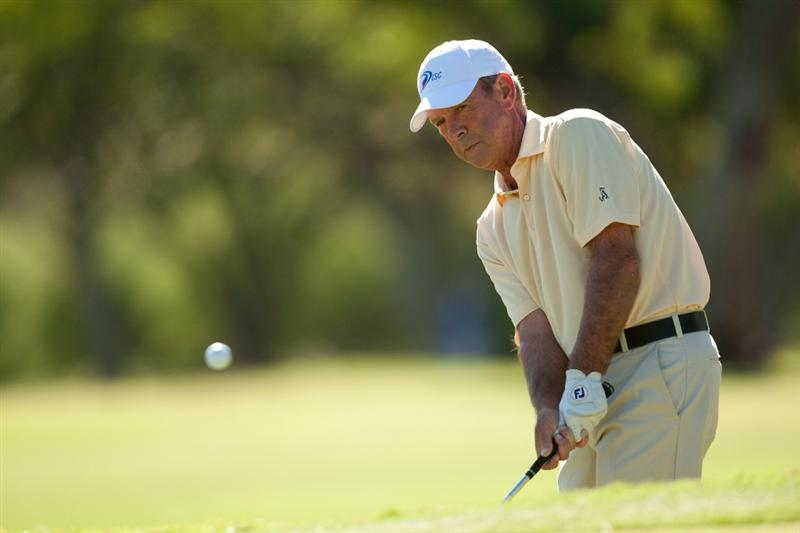 SAN ANTONIO, TX - OCTOBER 29: Larry Nelson hits a pitch shot during the first round of the AT&T Championship at Oak Hills Country Club on October 29, 2010 in San Antonio, Texas. (Photo by Darren Carroll/Getty Images)