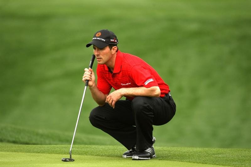 LA QUINTA, CA - JANUARY 21:  Mike Weir of Canada lines up his putt on the eighth hole on the Palmer Private Course at PGA West during the first round of the Bob Hope Chrysler Classic on January 21, 2009 in La Quinta, California.  (Photo by Stephen Dunn/Getty Images)