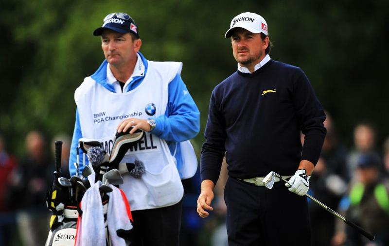 VIRGINIA WATER, ENGLAND - MAY 27:  Graeme McDowell of Northern Ireland waits on the 18th hole during the second round of the BMW PGA Championship at the Wentworth Club on May 27, 2011 in Virginia Water, England.  (Photo by David Cannon/Getty Images)