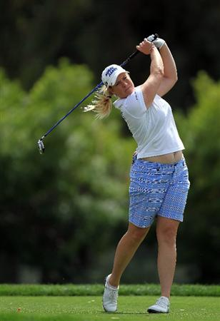 RANCHO MIRAGE, CA - APRIL 02:  Brittany Lincicome of the USA plays her tee shot at teh par 4, 6th hole during the third round of the 2011 Kraft Nabisco Championship on the Dinah Shore Championship Course at the Mission Hills Country Club on April 2, 2011 in Rancho Mirage, California.  (Photo by David Cannon/Getty Images)